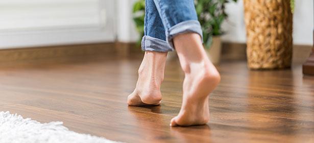 feet-on-warm-floor-with-underfloor-heating-478037